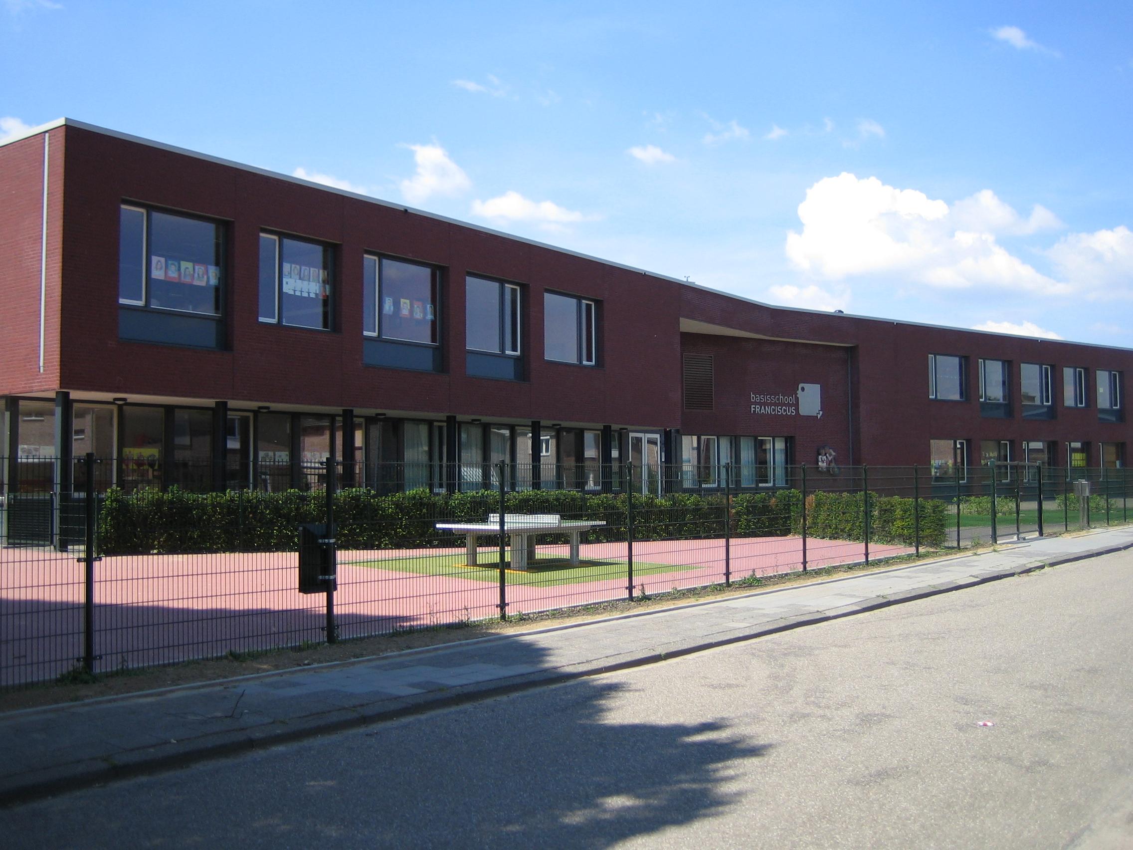 School_Bunde